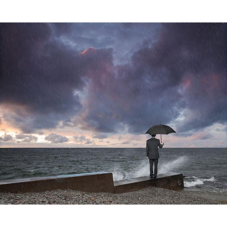 Άντρας με ομπρέλα